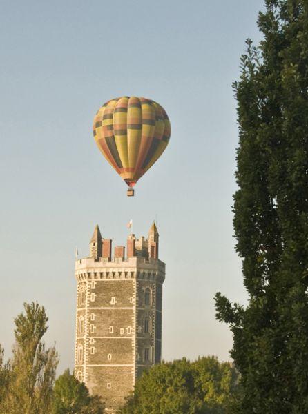 Journées européennes du patrimoine dans EVENEMENTS PASSES 201108nantesmontgolfiere04